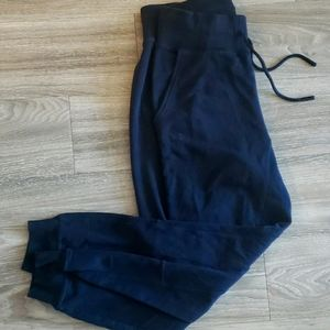 Black Under Armour small joggers sweatpants
